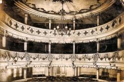 oravicabánya színház
